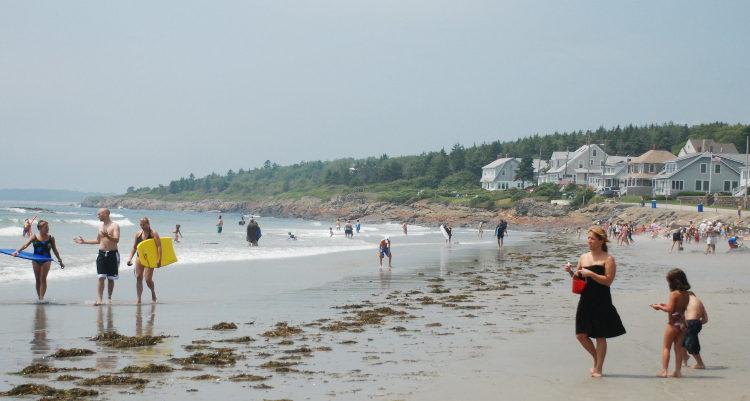 higgins_beach_JoeShlabotnik_ccflickr.jpg
